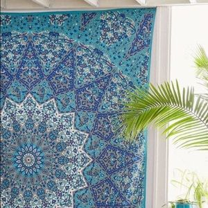 urban outfitters blue mandala tapestry